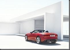 Jaguar F-TYPE_HOUSE_V8_1 (3)