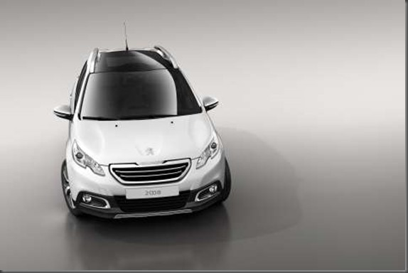 Peugeot 2008 crossover (2)