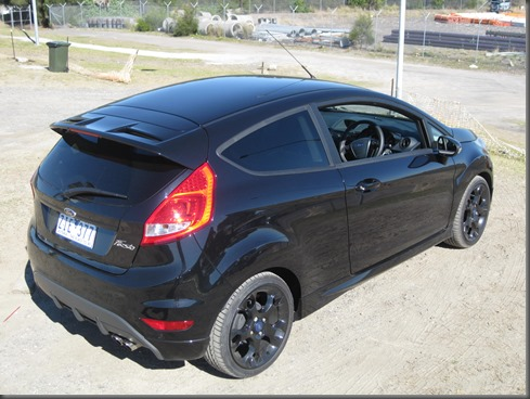 2013 Ford Fiesta Metal (15)