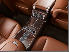 Long Wheelbase Range Rover enhances customer appeal (4)