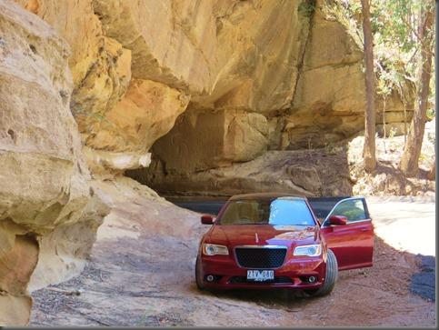 chrysler 300 srt trip to qombeyan caves (13)