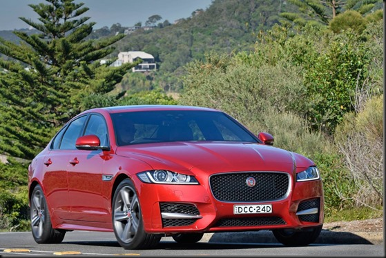 Jaguar_XF_2016_R-Sport 25t_ Italian_Racing_Red (1)