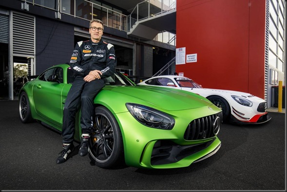 Mercedes-AMG-GTR-sets-new-production-car-lap-record-at-Mount-Panorama (5)
