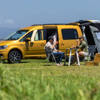 Glamping: 2019 Caddy Beach Kombi-type Camper Video Review