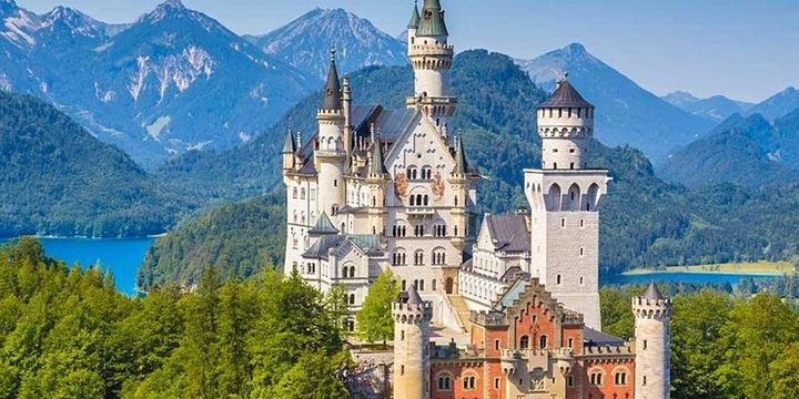 Fairy Tale Castles LGBTQ Palace Tour of Europe