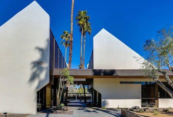Kaptur Plaza Palm Springs