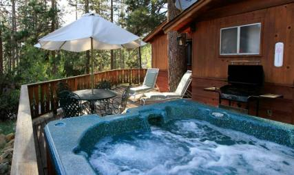 Silver Pines Lodge