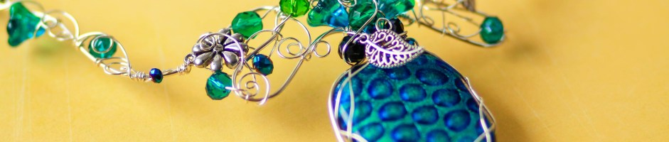 Freeform Wire Art Jewelry – Photographer Interview