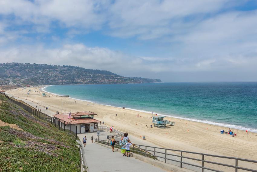 1007 S Catalina Ave-large-028-28-Beach-1500x1000-72dpi