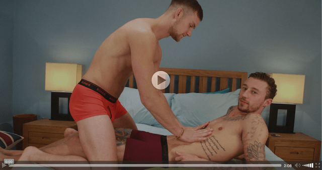 Straight Hunk Barclay Graham gets his First Manhandling from Joel Jenkins and Wanks his 1st Cock