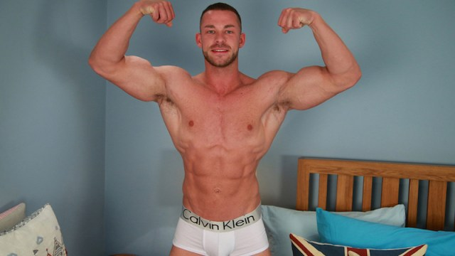 Hung and muscular straight man Conall Timpson wanking at Englishlads