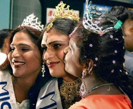 "SALEM 13/04/2010: Motivational Event: Transgenders celebrated beauty pageant at their ""Sangamam"" meet in Salem Savitha (centre) from Kerala was adjudged on the ""Miss India"". Photo: P_Goutham"