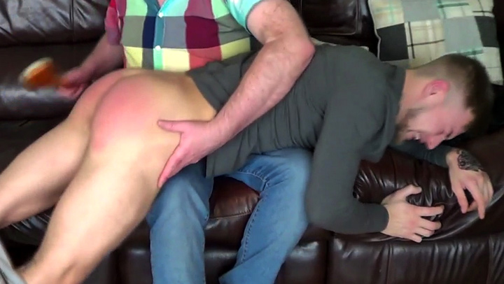 sls-kevin-bathbrush-spanking-post2