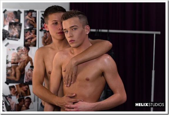 Lovely-gay-teens (1)