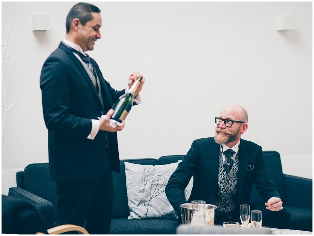 alternative wedding ceremony  GAY WEDDING BLOG