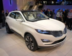 Lincoln MKC Concept at the 2013 Detroit Auto Show (photo by Sam Miller-Christiansen)