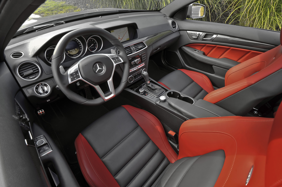 2014 mercedes c63 amg coupe red the for Interieur queer