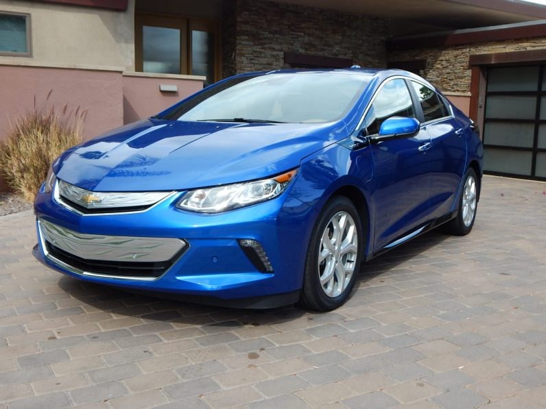 2016 Chevrolet Volt (photo by Jeff Stork)