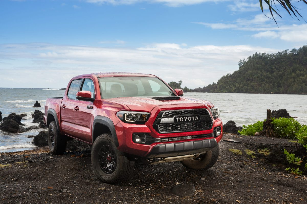 2017 toyota tacoma part 2 trd off road really can go off track in style gaywheels. Black Bedroom Furniture Sets. Home Design Ideas