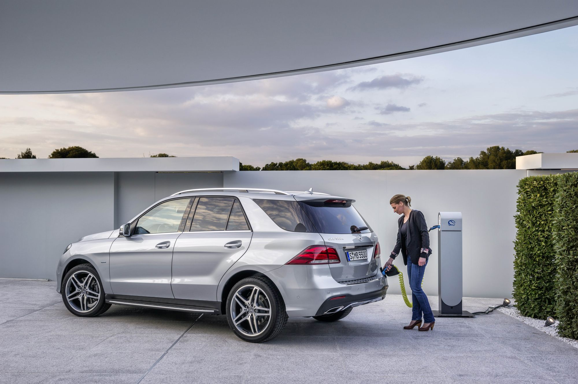 2018 Mercedes Benz Gle 550e 4matic Plug In Hybrid A Safe Sumptuous