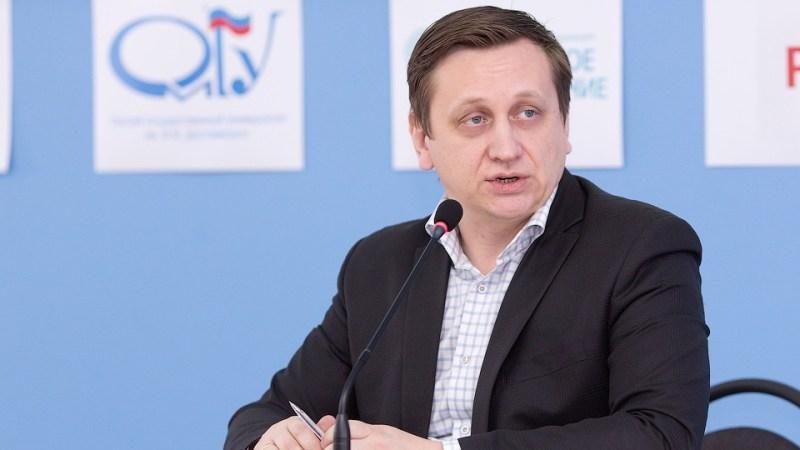 Министр образования и науки Максим Костенко в онлайн-режиме расскажет, как будет проходить обучение в удаленном формате.