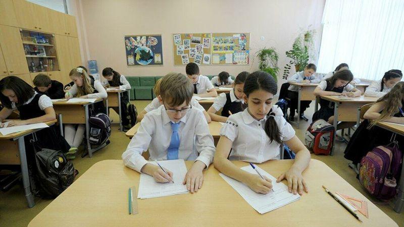 Почти 600 школ края уже провели Всероссийские проверочные работы