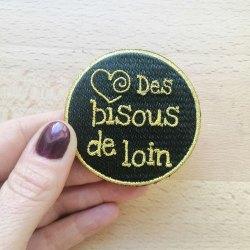 Broche Brodée Des bisous de Loin OR
