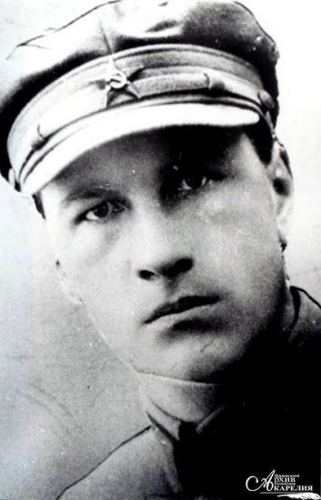 Рагнар Руско (Нюстрем), поэт, один из основателей Национального театра Карелии. Расстрелян в 1938 году, реабилитирован в 1970-м