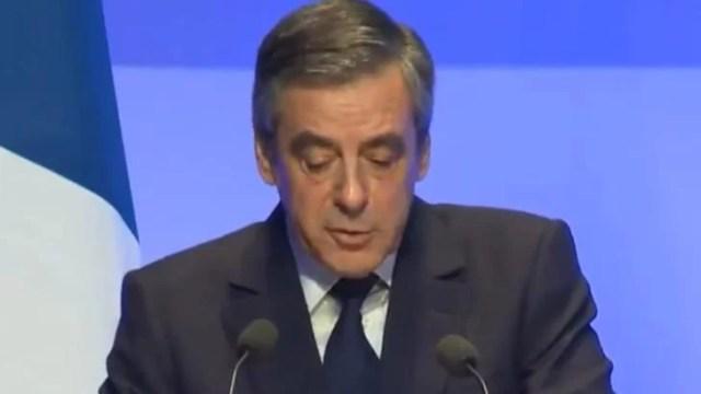 dosarul-angajarilor-fictive:-fostul-premier-francez-francois-fillon,-condamnat-la-cinci-ani-de-inchisoare,-dintre-care-doi-cu-executare