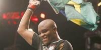 Anderson Silva vence a luta principal do UFC Rio III