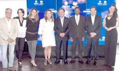 RICTV Record Paraná apresenta novidades da programação 2015 em evento com celebridades
