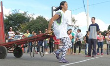 Corrida de carrinhos agita Ceasa no Tatuquara