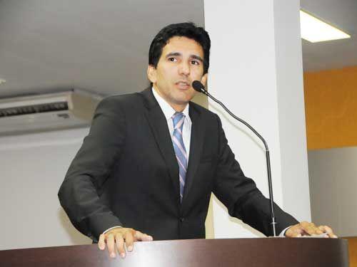 Vereador-Júnior-Geo-Camara_-Municipal-de-Palmas-Política