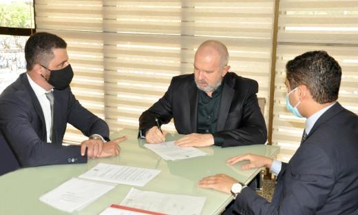 Governador Mauro Carlesse envia, à Assembleia, PEC para criação da Polícia Penal no Estado