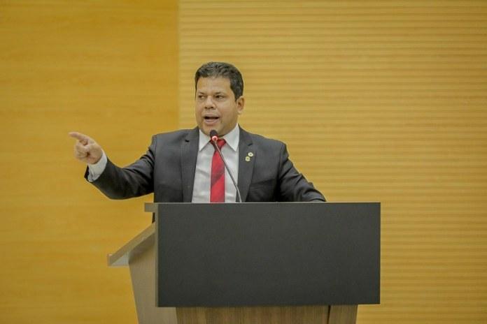 Jair Montes faz indicação de melhorias ao governo e lembra que a segurança pública requer melhores condições de trabalho