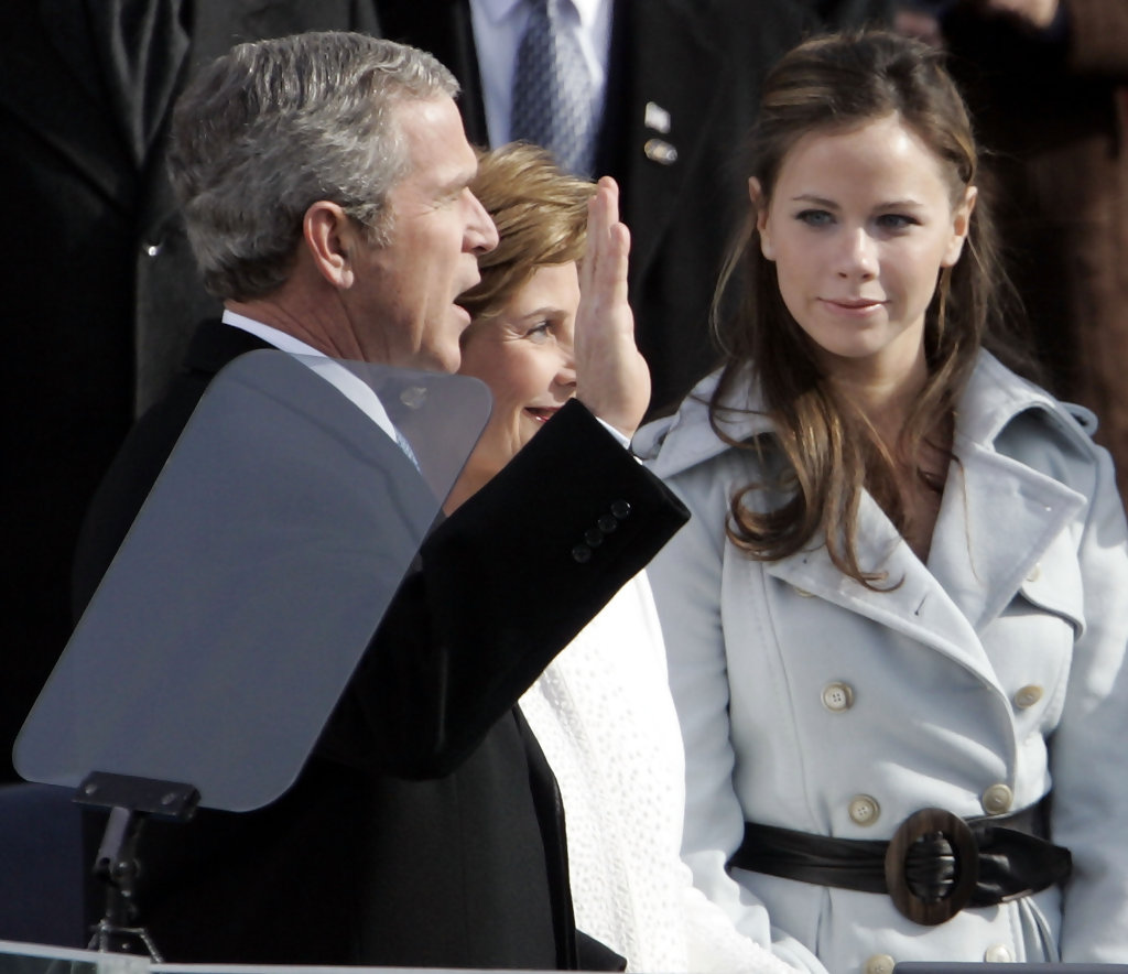 President+Bush+Sworn+Second+Term+Ff4Nk9827-8x