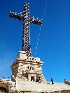 Campanie pentru salvarea crucii de pe Caraiman