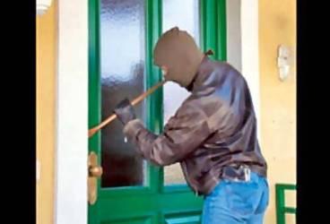 Grupare specialiată în furturi din locuinţe, destructurată de poliţişti