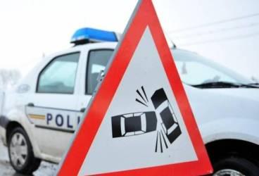 Două fete lovite de maşină pe Bulevard, în zona Conpet