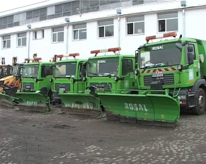 184 de tone de material antiderapant împrăştiate pe străzile din Ploieşti în weekend