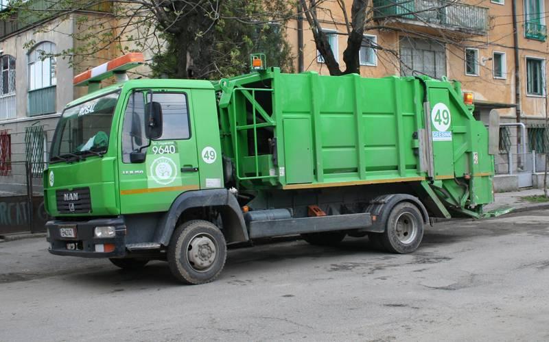 Factura pe februarie pentru colectarea gunoiului va fi redusă cu 10%
