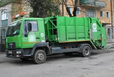 Rosal nu mai ridică gunoiul din Ploieşti şi alte localităţi din Prahova