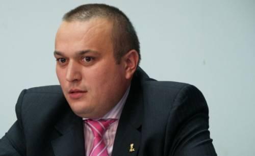 Primarul Bădescu şi-a angajat un nou consilier