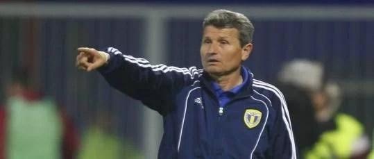 """Antrenorul """"galben-albaştrilor"""", foarte supărat pe jocul dur al sibienilor"""