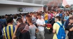 Încep să se vândă biletele pentru meciul cu liderul Ligii I, CFR Cluj
