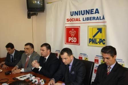 Noi transferuri politice în PNL Prahova