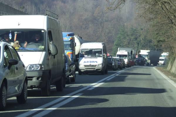Cum se circulă pe DN1 după accidentul de la Posada