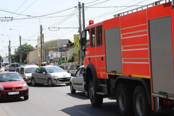 Accident în lanţ pe strada Gh.Gr.Cantacuzino GALERIE FOTO