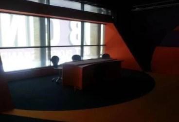 CNA a retras licenţa unei televiziuni din Ploieşti şi a semnat actul de naştere a alteia