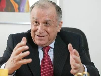 Urmărire penală pentru Ion Iliescu, Petre Roman şi Gelu-Voican Voiculescu. Solicitarea a fost trimisă preşedintelui